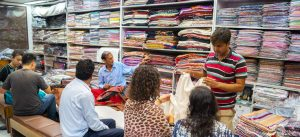Kashmiri shawls Wholesalers in Delhi, India